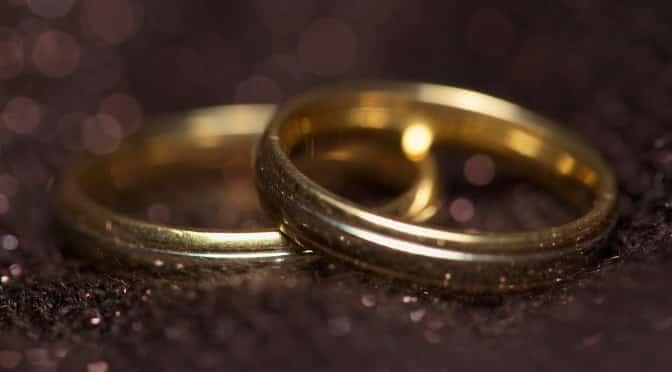 Pseudocast #144 – Snubný prsteň, pitie vody, sex pred športom