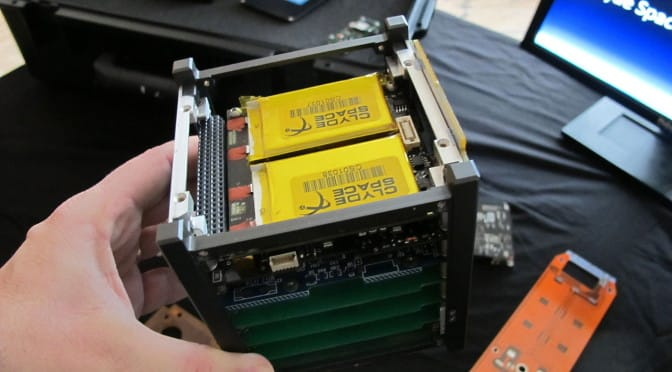 Pseudocast #146 – Cubesat, falošná rovnováha v médiách