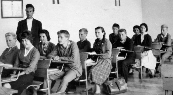 Pseudocast #310 – Tieňové Facebook profily, slovenské školstvo
